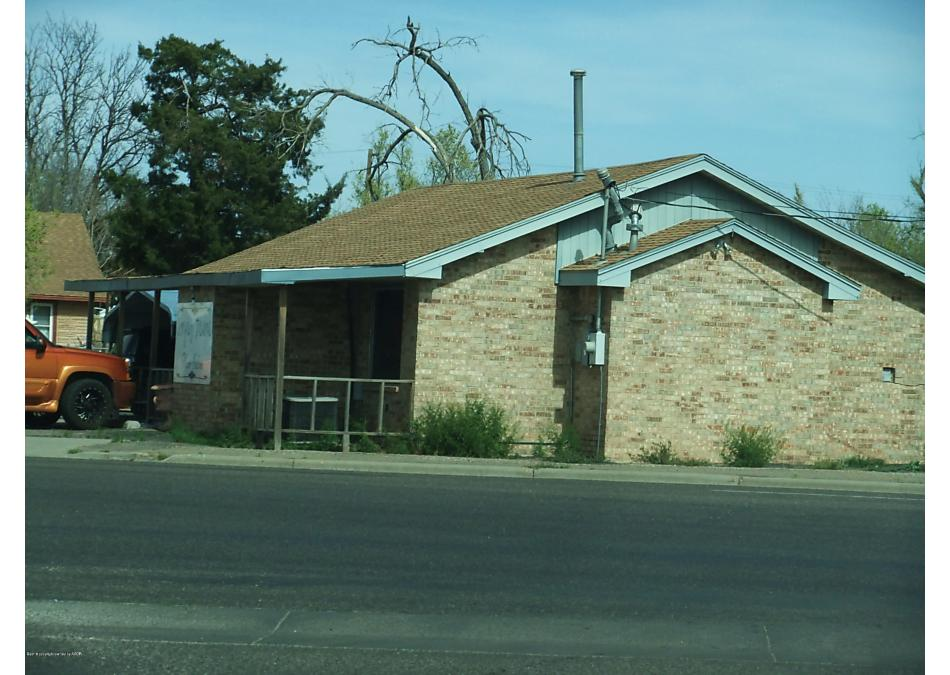 Photo of 816 Hobart St Pampa, TX 79065