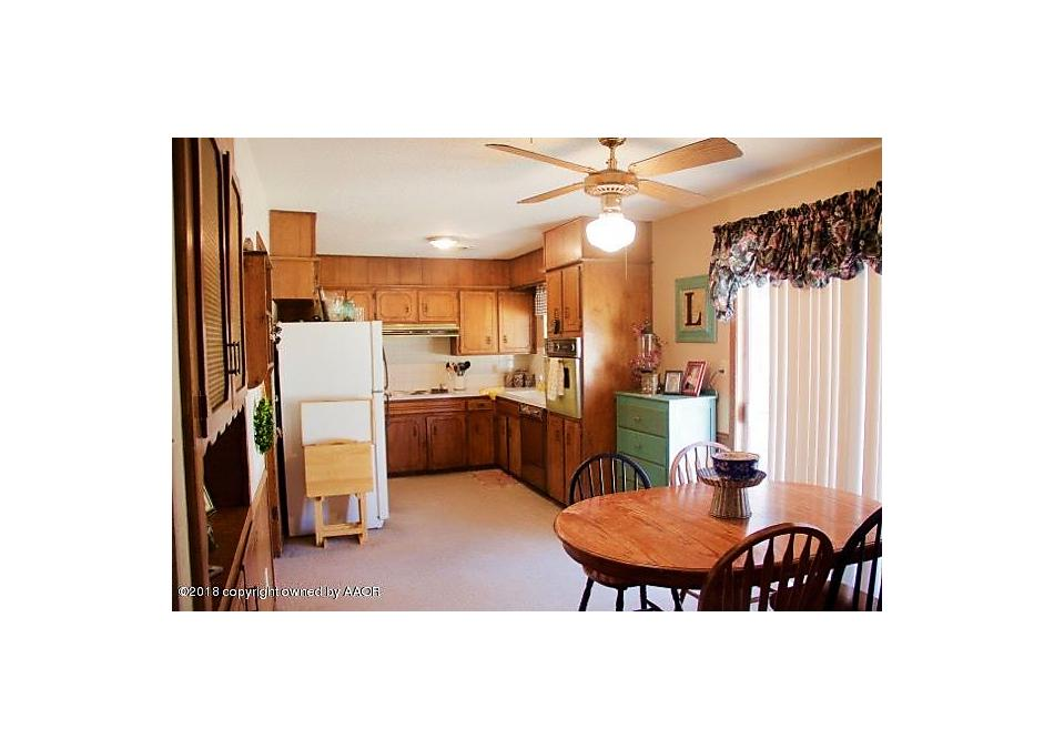 Photo of 710 Foster Ln Canyon, TX 79015