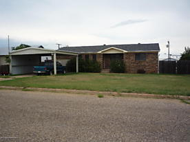 Photo of 309 Farmer Ave Stinnett, TX 79083