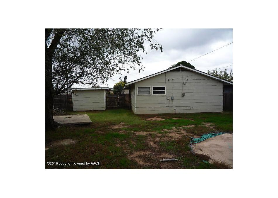 Photo of 1104 Elmore St Borger, TX 79007