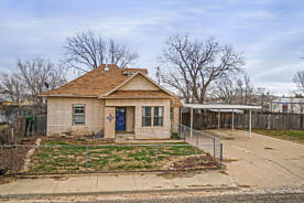 Photo of 1610 HAYES ST Amarillo, TX 79107