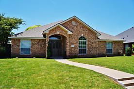 Photo of 6829 GLENOAK LN Amarillo, TX 79109
