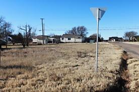 Photo of 711 Oak Panhandle, TX 79068