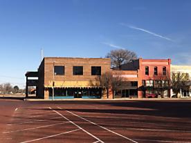 Photo of 102 5th St Memphis, TX 79245