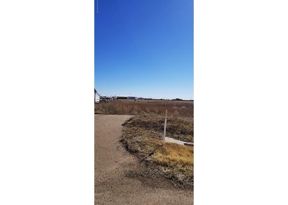 Photo of 102 Wilson Dumas, TX 79029
