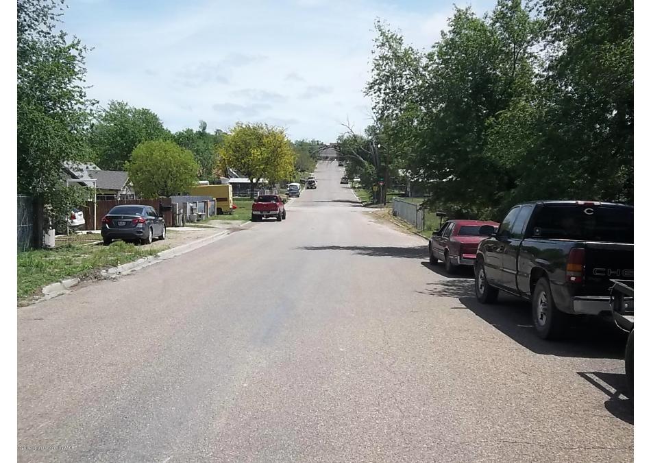 Photo of 208 Giraud Canadian, TX 79014