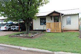 Photo of 801 Stone Dr White Deer, TX 79097