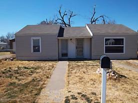 Photo of 1405 Marrs Amarillo, TX 79107