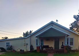 Photo of 701 Arizona St Shamrock, TX 79079