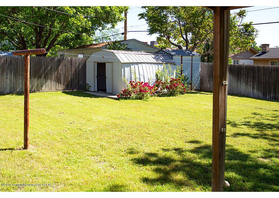 Photo of 1708 DOGWOOD LN Pampa, TX 79065