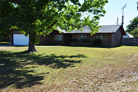 Photo of 1419 Noble Dr Dimmitt, TX 79063