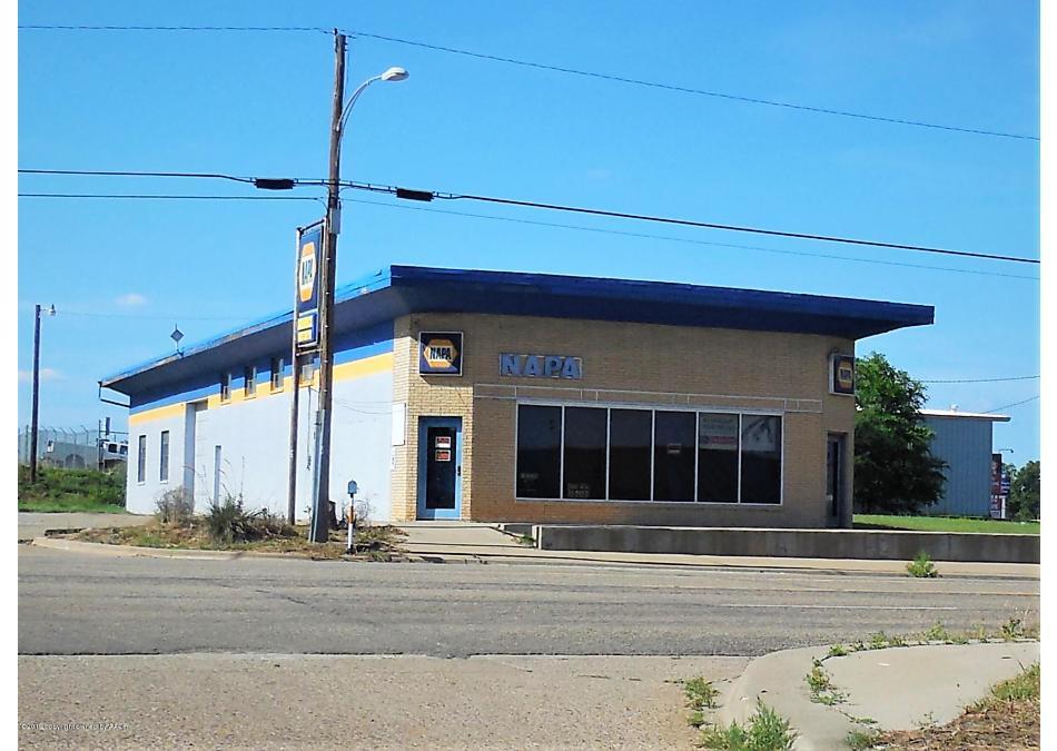 Photo of 111 12th St Shamrock, TX 79079