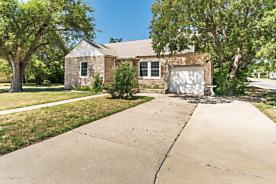 Photo of 1237 Duncan Pampa, TX 79065