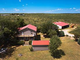 Photo of 8425 Spur 687 Stinnett, TX 79083