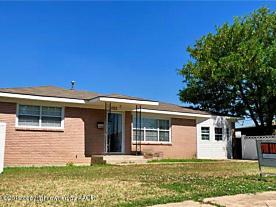 Photo of 1703 Boyd St Borger, TX 79007