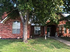 Photo of 209 Loma Linda Ln Borger, TX 79007