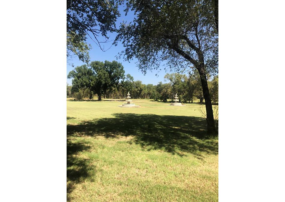 Photo of 200 Golf Road Borger, TX 79007