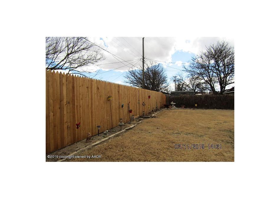 Photo of 110 Avalon St Borger, TX 79007