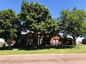 Photo of 705 Skyline Dr Borger, TX 79007