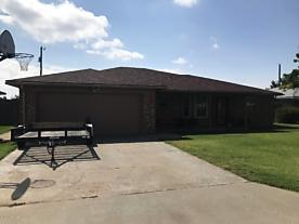 Photo of 1050 Plains Dr Fritch, TX 79036