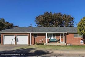 Photo of 1207 Chestnut St Stratford, TX 79084