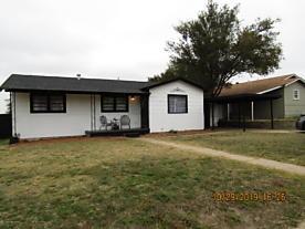 Photo of 1208 Jackson St Borger, TX 79007