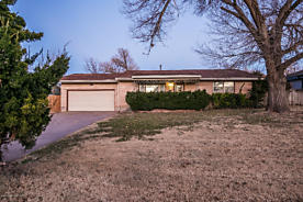 Photo of 126 BEVERLY DR Amarillo, TX 79106