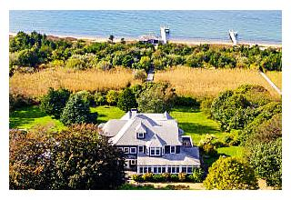 Photo of 32 Temahigan Avenue Oak Bluffs, MA 02557