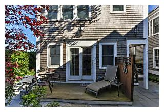Photo of 385 Commercial Street Provincetown, MA 02657