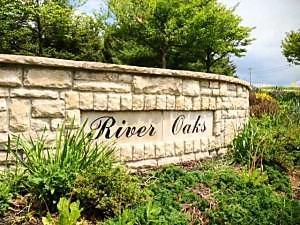 Photo of 394 River Oaks Drive Heath, OH 43056