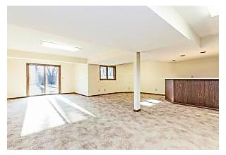 Photo of 483 Delegate Drive Columbus, OH 43235