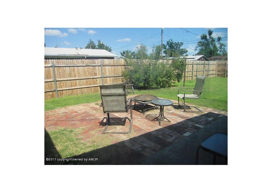 Photo of 1913 Eton Dr Perryton, TX 79070