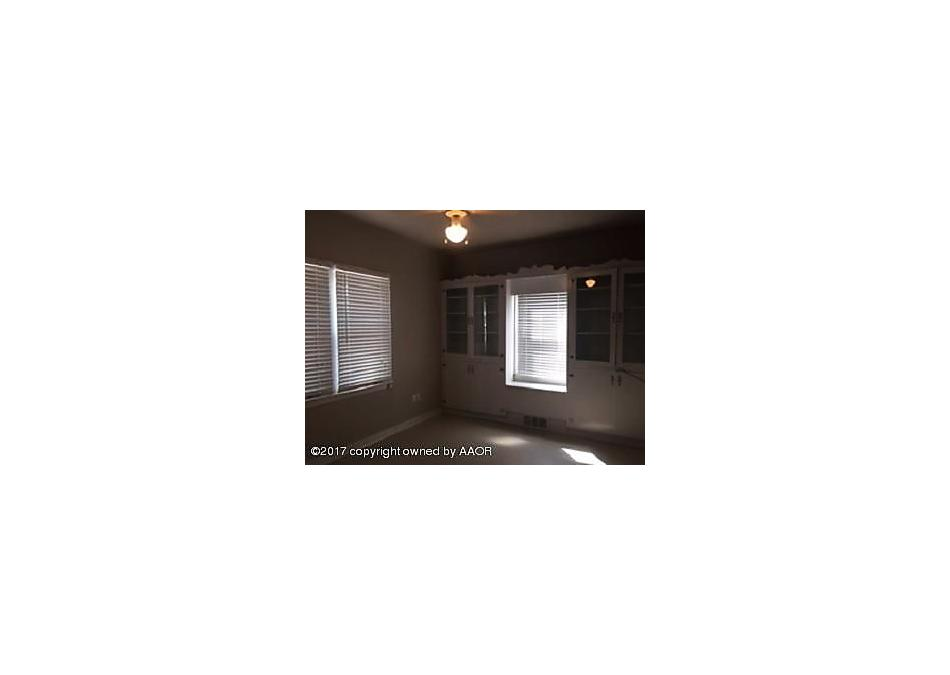 Photo of 709 Amherst S Perryton, TX 79070
