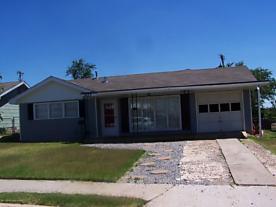 Photo of 1023 Harrington St Borger, TX 79007