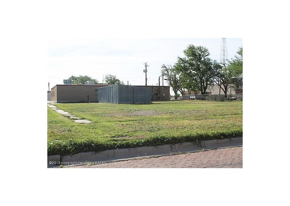 Photo of 202 Amherst Perryton, TX 79070