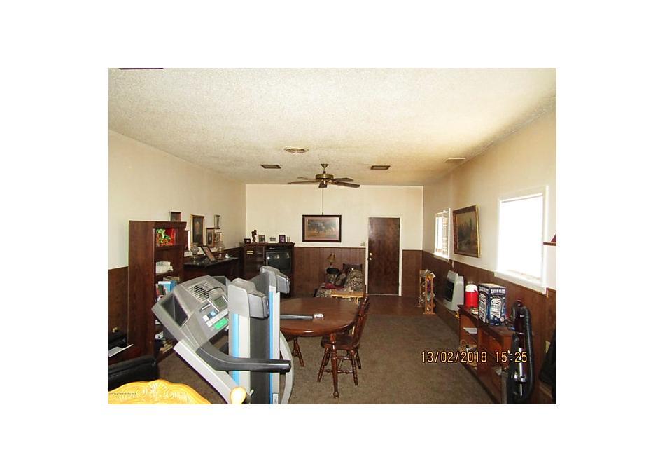 Photo of 1302 Davis St Borger, TX 79007