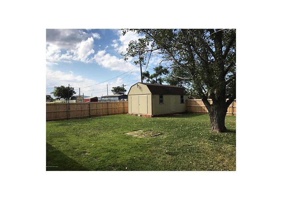 Photo of 111 Franklin Panhandle, TX 79068