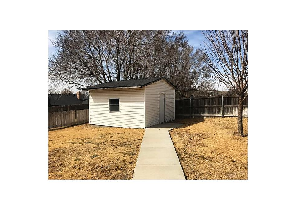 Photo of 2205 Woodside Dr Amarillo, TX 79124