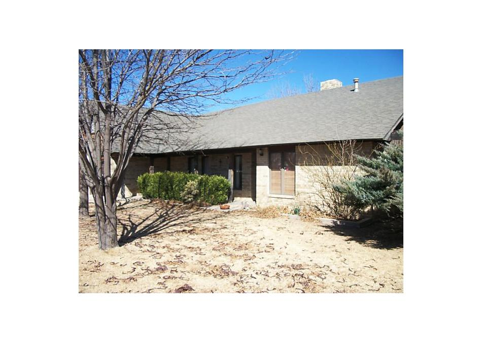 Photo of 105 Van Kurt Ave Gruver, TX 79040