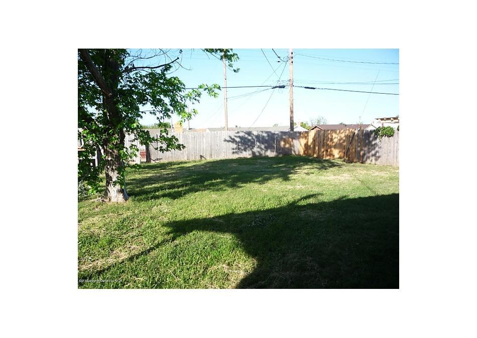 Photo of 310 Santa Fe Borger, TX 79007
