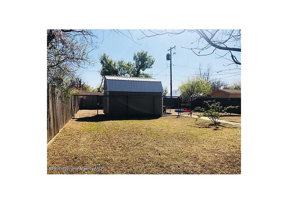 Photo of 1207 Avenue J Nw Childress, TX 79201