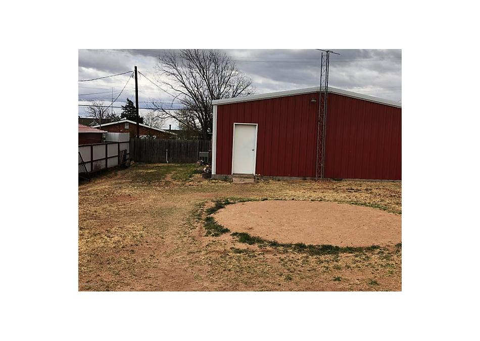 Photo of 700 Missouri St Borger, TX 79007