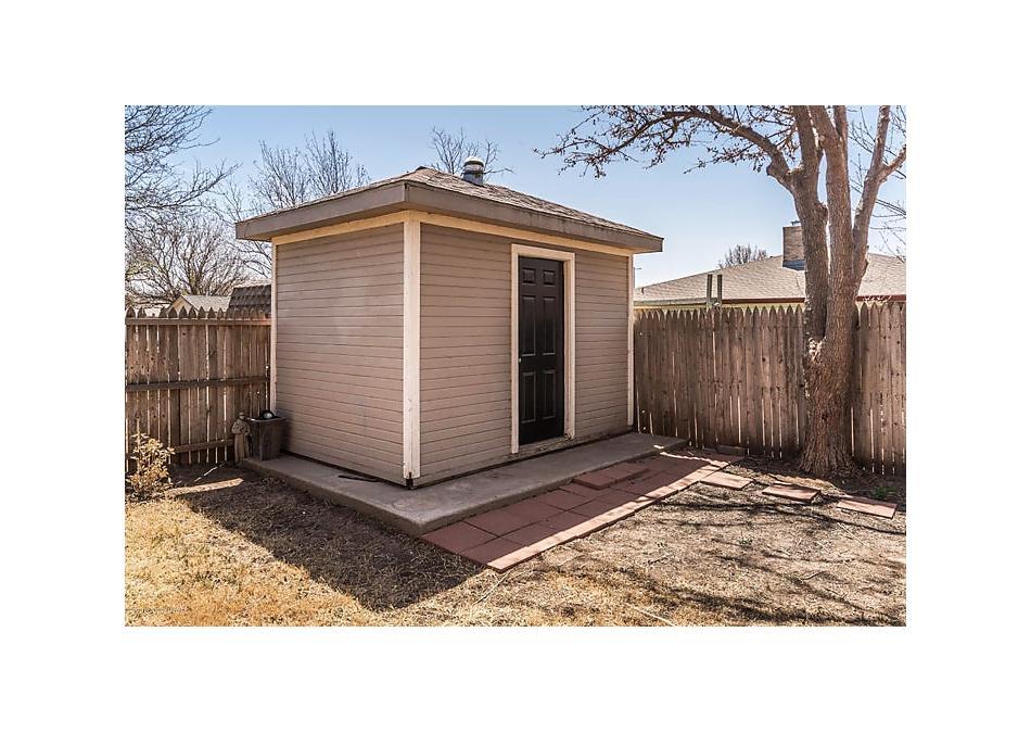 Photo of 3906 Huntington Dr Amarillo, TX 79109