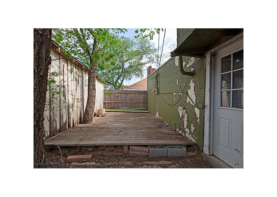 Photo of 604 20th St Canyon, TX 79015
