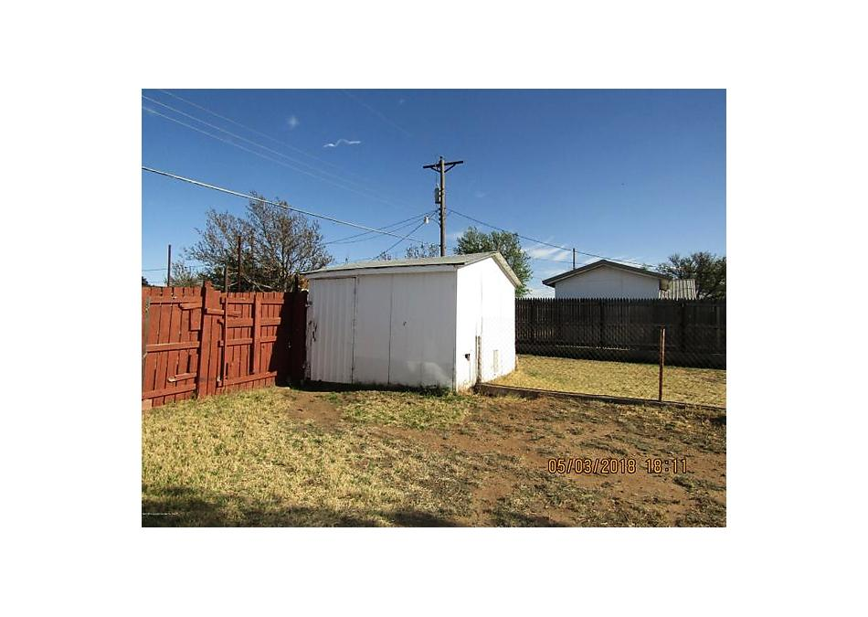 Photo of 106 Willowick St Borger, TX 79007