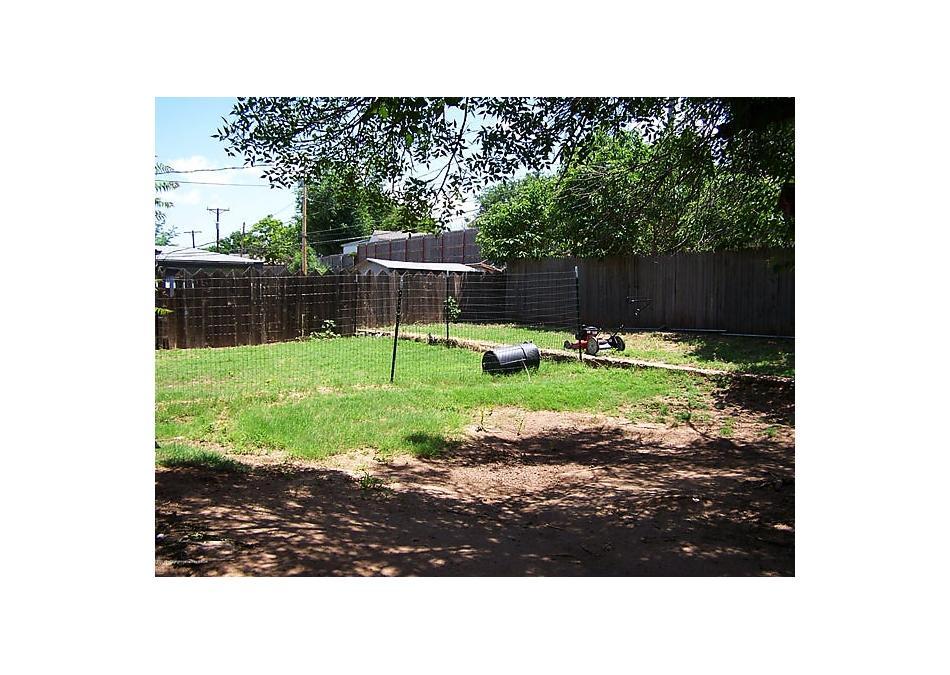 Photo of 208 Teague Borger, TX 79007