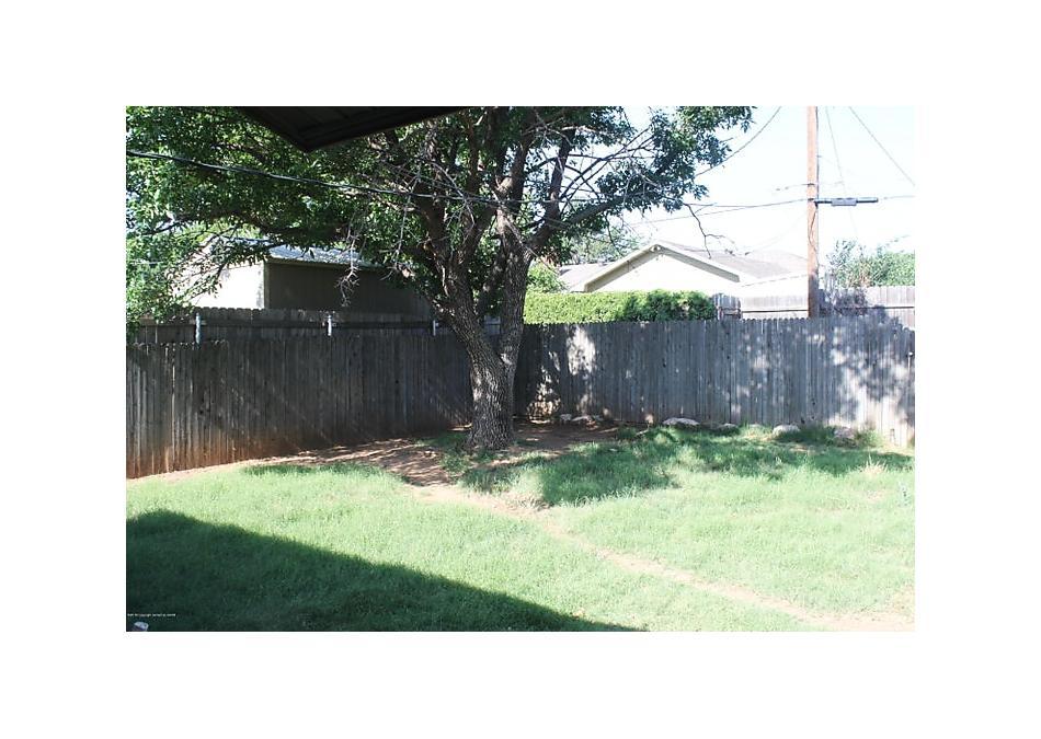 Photo of 1512 Bedivere St Borger, TX 79007