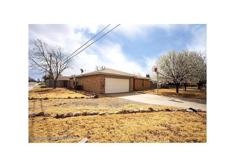 Photo of 8401 Lamount Dr Amarillo, TX 79110