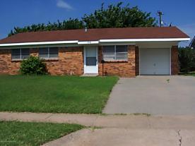 Photo of 1516 Pellinore St Borger, TX 79007
