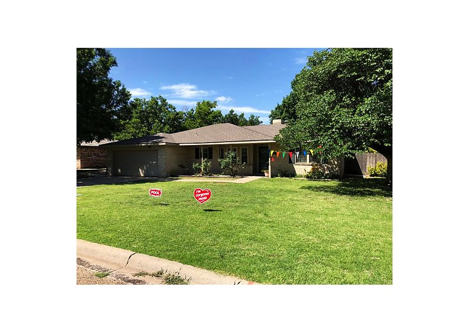 Photo of 214 Somerset St Borger, TX 79007